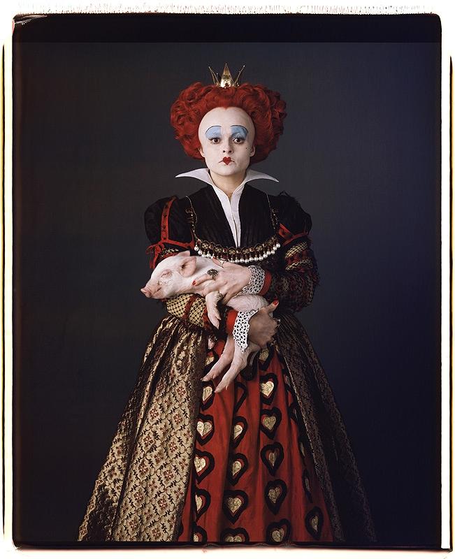Helena Bonham Carter som Den Røde Dronningen