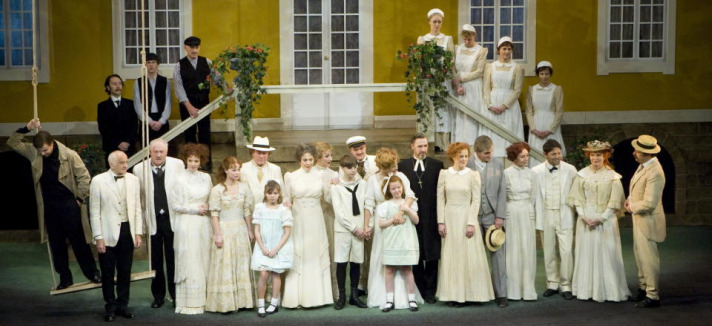 Fanny og Alexander – konvensjonell teaterhygge