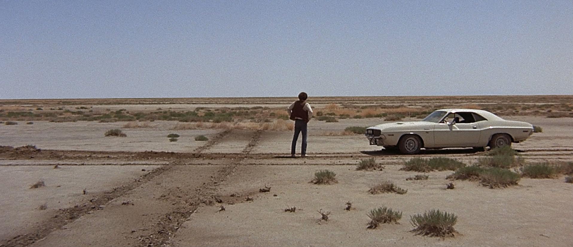 Messias-figuren Kowalski i et sårt øyeblikk. Fra filmen «Vanishing Point»