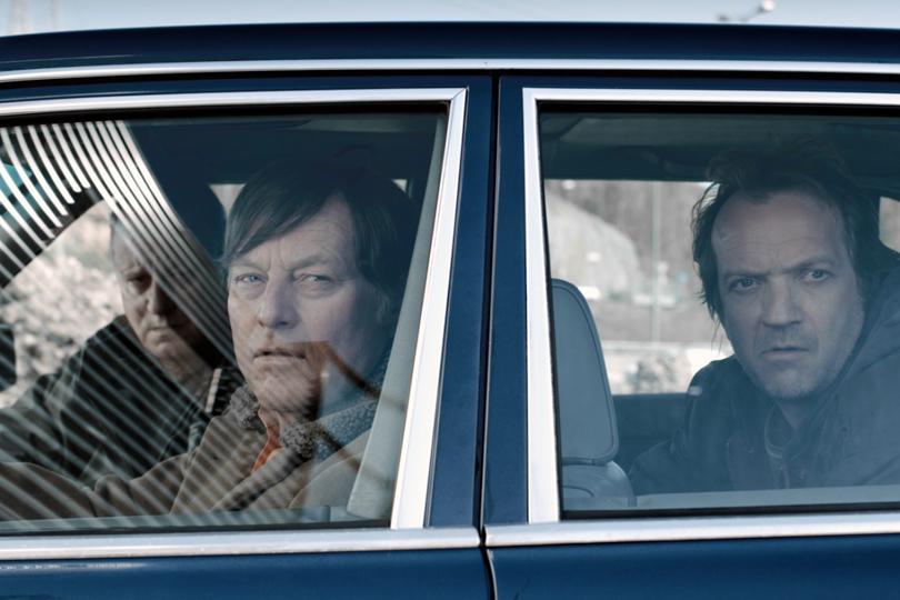 Bjørn Floberg, Stellan Skarsgård og Gard Eidsvoll i «En ganske snill mann»