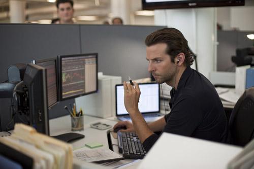 Bradley Cooper som en awesome aksjemegler i «Limitless»