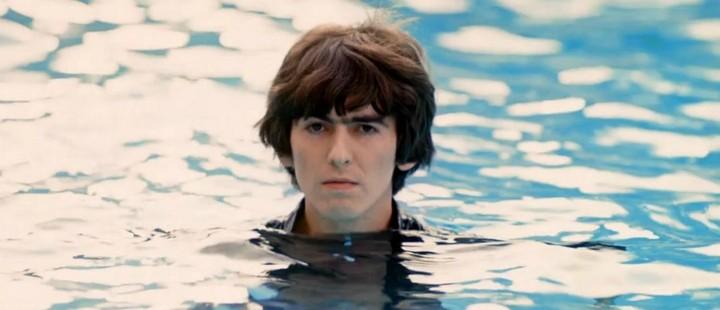 Åpenhjertig i George Harrison: Living in the Material World og Tyrannosaur