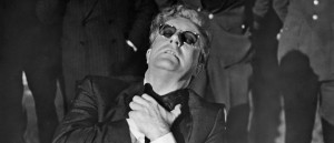 dr-strangelove-or-how-i-learned-to-stop-worrying-and-love-the-bomb-1964