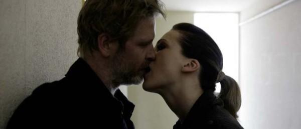 Stillbilde fra filmen «Varg Veum - I mørket er alle ulver grå»