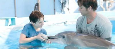 gutten-og-delfinen