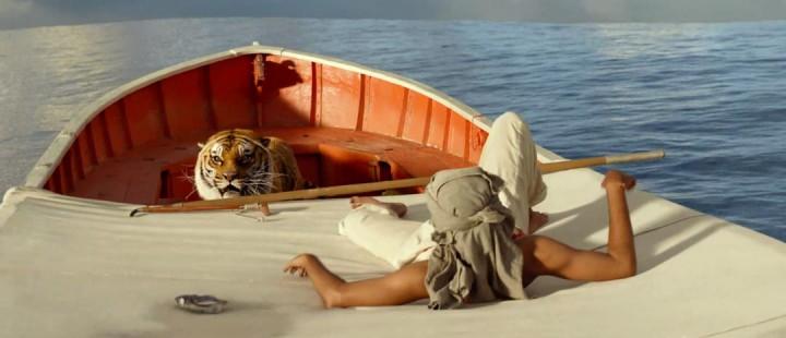 Den bengalske tigeren freser fra seg i nytt klipp fra Historien om Pi