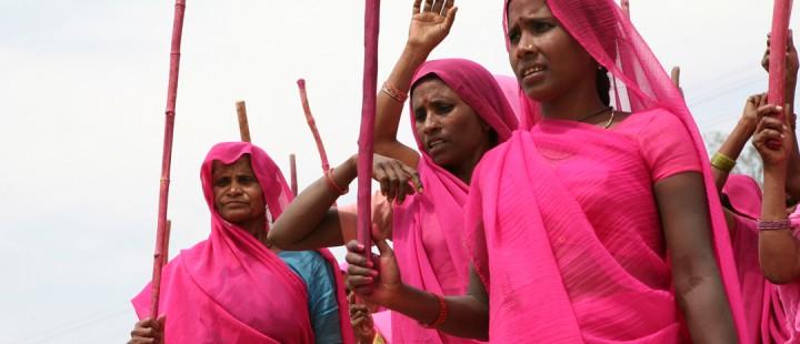 En samtale med regissør Nishtha Jain om Gulabi Gang