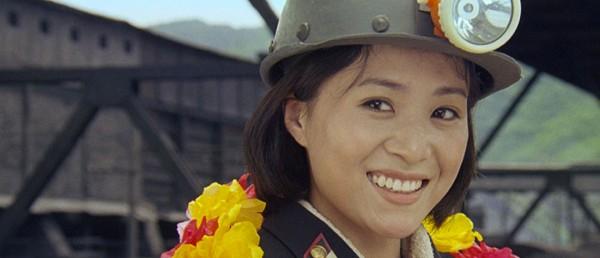 en-samtale-med-regissorene-av-den-nord-koreanske-filmen-comrade-kim-goes-flying