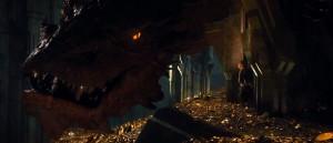 alver-dverger-og-drage-i-forste-trailer-til-hobbiten-smaugs-odemark