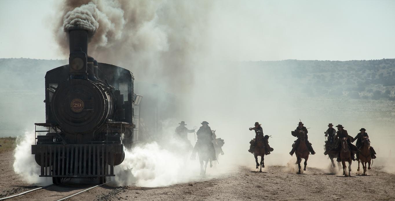 Den episke togsekvensen mot slutten er filmens suverene høydepunkt.