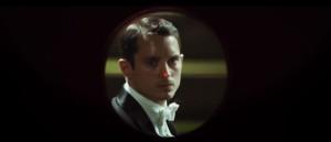 eugenio-miras-og-elijah-wood-mottar-lovord-for-konsert-thrilleren-grand-piano