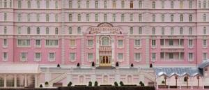 se-den-forste-smakebiten-fra-wes-andersons-the-grand-budapest-hotel