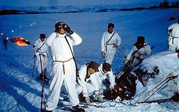 En scene fra Anthony Manns «The Heroes of Telemark».