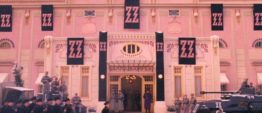 Traileren til Wes Andersons The Grand Budapest Hotel gir Kubrick-vibber