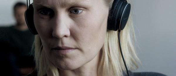 a-se-med-og-pa-det-fenomenologiske-blikket-i-joachim-trier-og-eskil-vogts-filmer