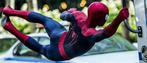 hans-zimmer-reformulerer-seg-selv-igjen-med-et-gnistrende-score-til-the-amazing-spider-man-2