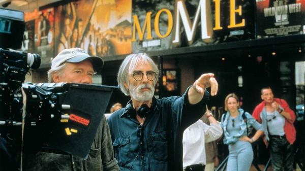 Haneke og filmfotograf Jürgen Jürges under innspillingen av «Ukjent Kode»
