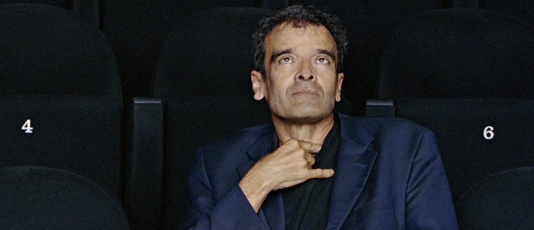 Kunstner og filmskaper Harun Farocki er død