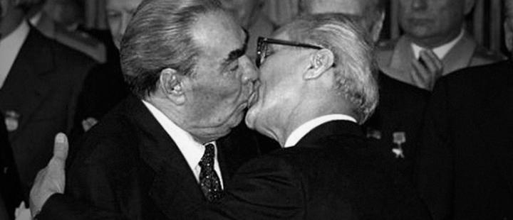 Brezhnev and Honecker.