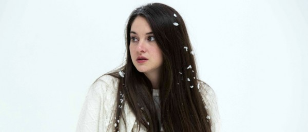 Shailene Woodley i White Bird in a Blizzard.
