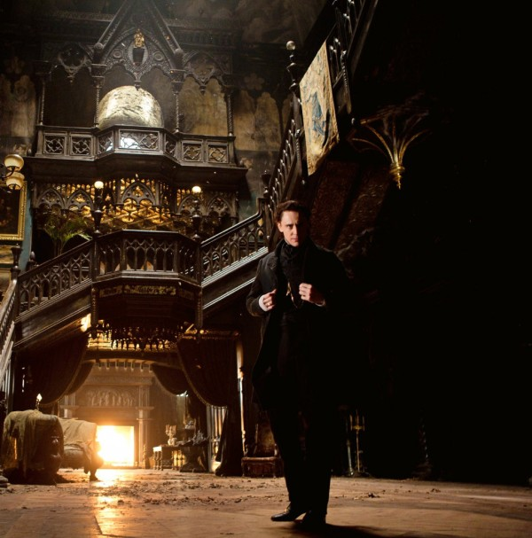 crimson-peak-tom-hiddleston