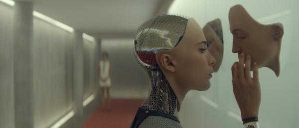 alex-garlands-science-fiction-drama-ex-machina-blir-ikke-a-se-pa-norske-kinoer