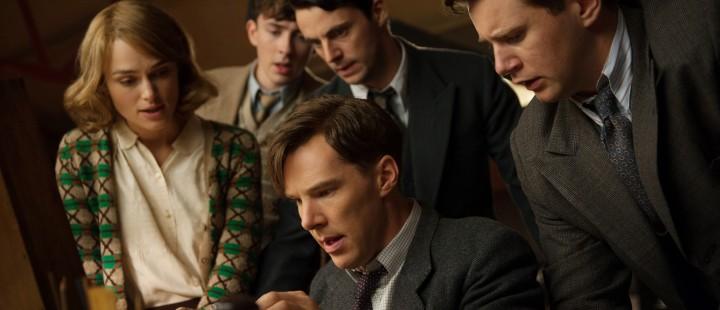 (L-R) Keira Knightley, Matthew Beard, Matthew Goode, Benedict Cumberbatch, and Allen Leech star in THE IMMITATION GAME.