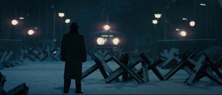 Visuelt slående, men generisk trailer til Steven Spielbergs Bridge of Spies