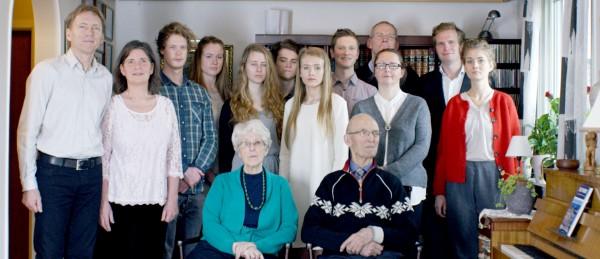 hjemmeseier-i-grimstad-gullstolen-ble-tildelt-lokale-filmskapere