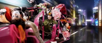 Grimes byr på cyberpunk i den ferske musikkvideoen til Kill V. Maim