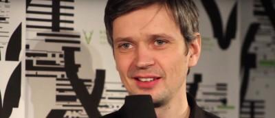 Filmprat: En samtale med fotograf Sturla Brandth Grøvlen om Stabukker