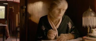 Sentimental hårvekst i traileren til Vibeke Idsøes Løvekvinnen