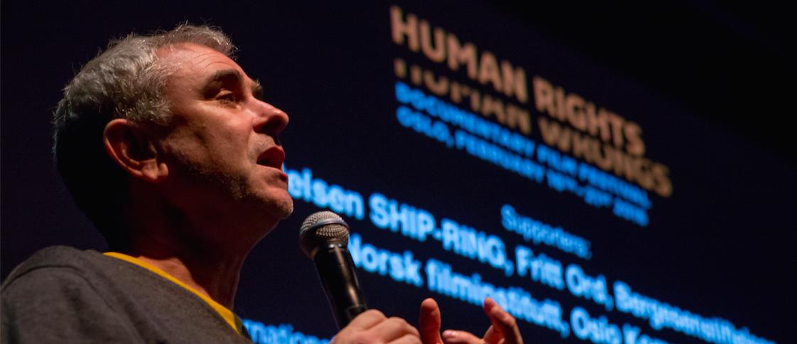 Sean McAllister under festivalen «Human Rights/Human Wrongs» på Cinemateket i Oslo. (Foto: Aron B. Løsnes).