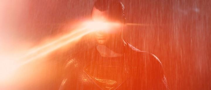 Why so serious, Zack? Batman v Superman: Dawn of Justice sliter med å treffe tonene