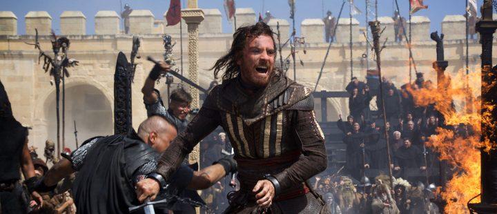 Michael Fassbender på tidsreise i den actionfylte første traileren til spillfilmatiseringen Assassin's Creed