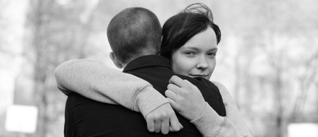 Joachim Triers debutfilm, «Reprise», er produsert av Karin Julsrud, som nå tilbys stillingen som dekan på Den norske filmskolen.