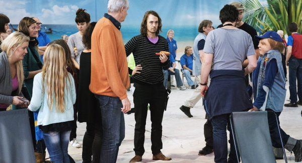 Regissør Johannes Nyholm under innspillingen av «Kjempen»