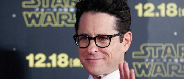 J.J. Abrams tar over regiansvaret på Star Wars: Episode IX