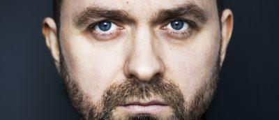 Lukas Moodysson går endelig bak kameraet igjen – skriver og regisserer tv-serien Gösta for HBO