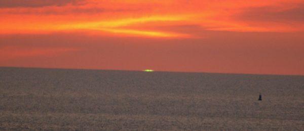 filmfrelst-286-eric-rohmers-den-gronne-solstralen