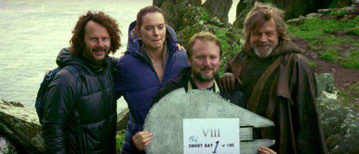 Produsent Ram Bergman, Daisy Ridley, Rian Johnson og Mark Hamill på første opptaksdag til «The Last Jedi» (2017).
