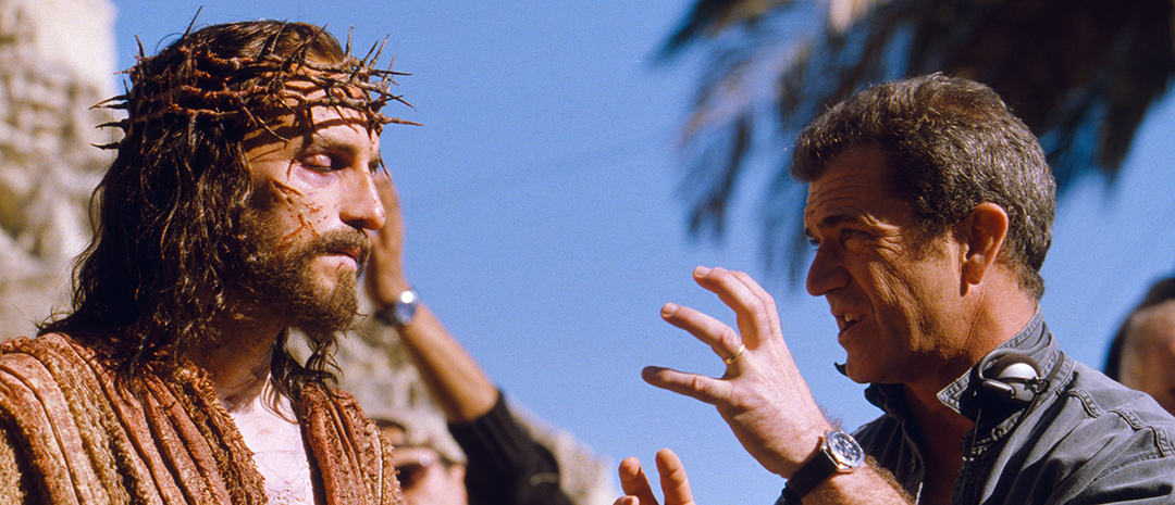 Jim Caviezel og Mel Gibson under opptakene av «The Passion of the Christ».