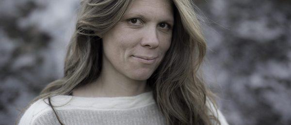 ellen-ugelstad-vant-gullstolen-i-grimstad-for-kortfilmen-den-gronne-dalen