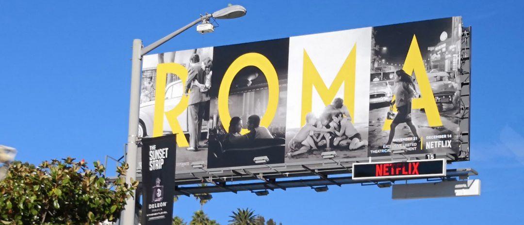 Alfonso Cuaróns Netflix-film «Roma» er massivt promotert langs Sunset Blvd. i Los Angeles.