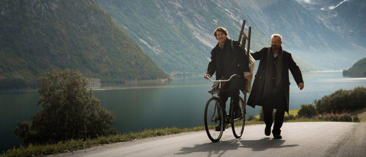 «Astrup – Flammen over Jølster» (Foto: Filmweb/Norsk Filmdistribusjon)