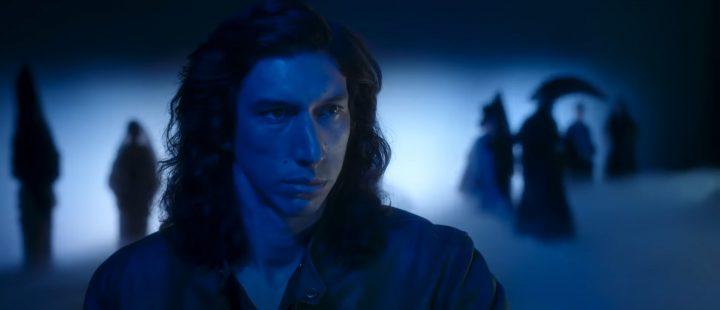Adam Driver i Leos Carax' «Annette» (2021) –må ikke misforstås som Adam Driver i rollen som Kylo Ren i «Star Wars».