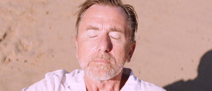 Tim Roth spiller hovedrollen i Michel Francos BIFF-vinner «Sundown».